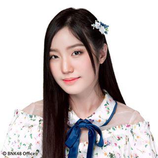 Natherine BNK48